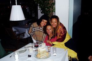 With actress Victoria Rowell and filmmaker Kasi Lemmons. 2007